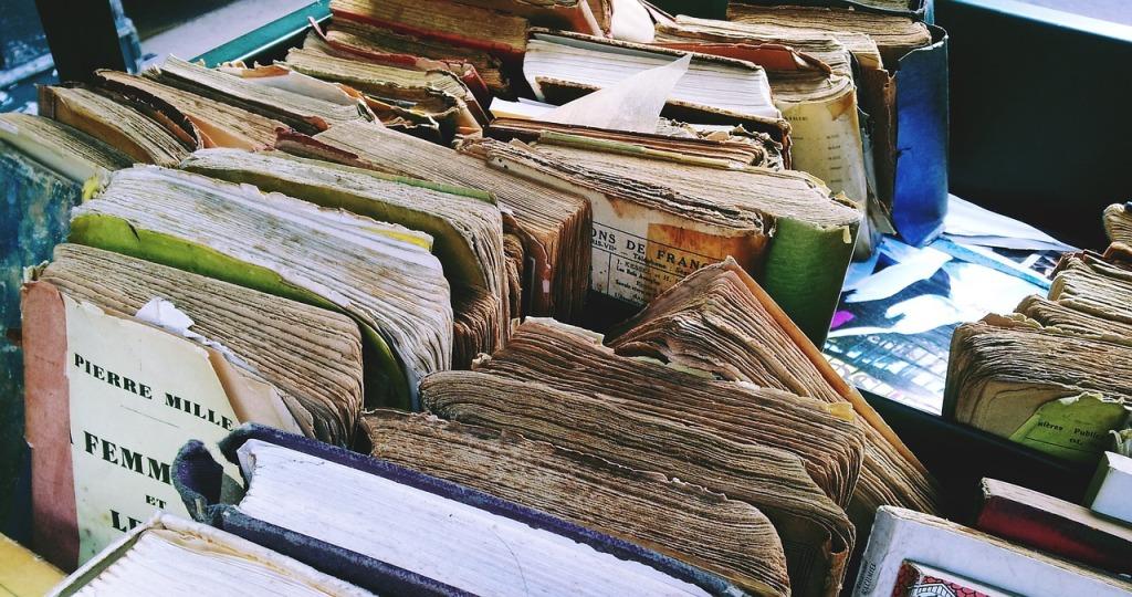 books-1644060_1280