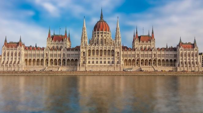 budapest-2134868_1280