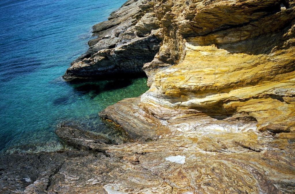 rocks-3439517_1280