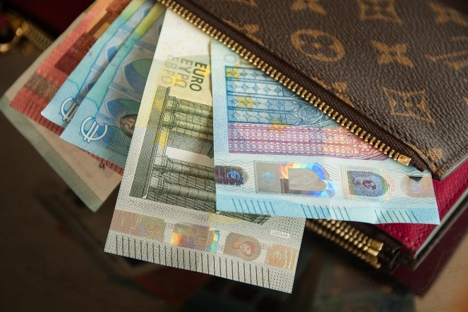 wallet-2302241_1280