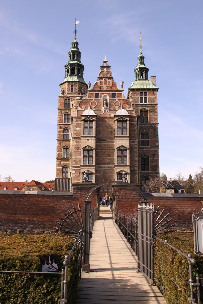 rosenborg-4181287_1920