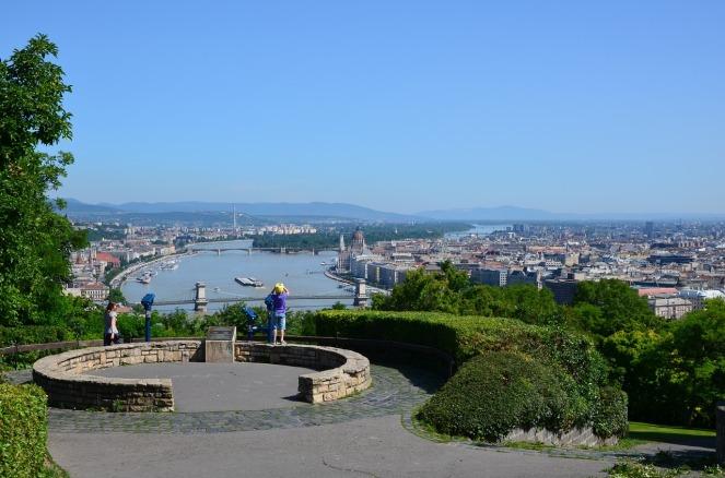 budapest-1522054_1280