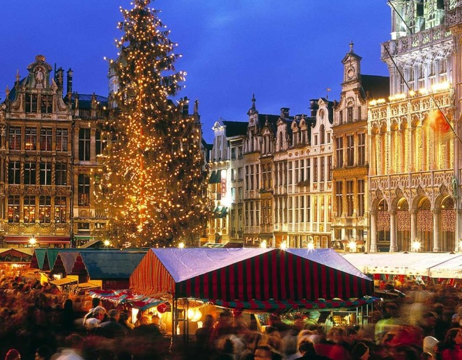 akf6f3-brussels-christmas-market-_tablet.jpg