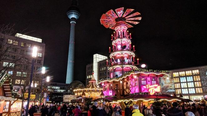 berlin-christmas-market-alexandrerplatz